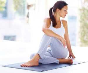 sitting spinal stretch sciatica
